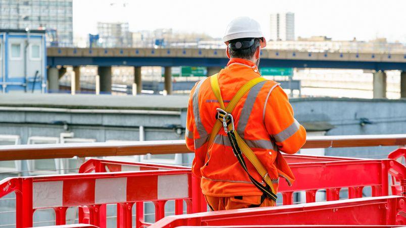 28 APRIL 2021 construction-worker-social.jpg